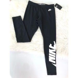 Nike leggings Spell Out NWT